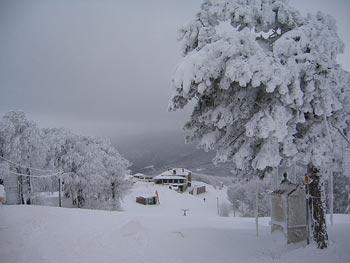 [Afbeelding: pelion-ski-3.jpg]
