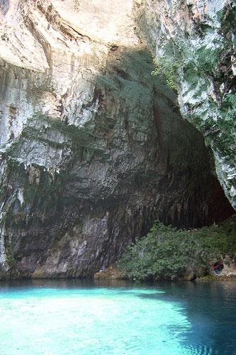 Kefalonias Famous Cave Unique Melissani